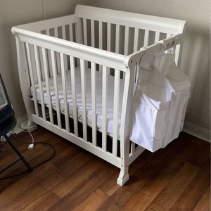 Crib for Sale in Seaside, CA