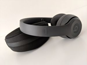 Beats Solo3 Wireless Headphones (PRICE DROP) for Sale in Portland, OR