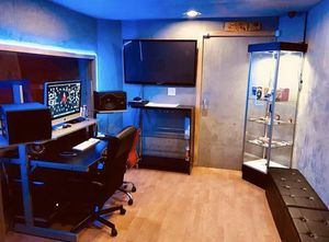 Studio Time w/engineer included for Sale in Los Angeles, CA
