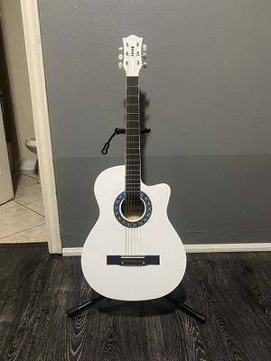 white fever 38 inches classic acoustic guitar with metal strings for Sale in South Gate, CA