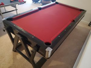 Harvard 7' Flip Air Hockey/Billiards Table for Sale in Triangle, VA