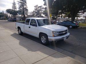 2006 Chevy Silverado for Sale in Fresno, CA