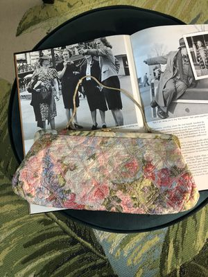 Vintage bag for Sale in Fontana, CA