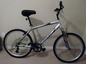 Mountain bike Giant. for Sale in Orlando, FL