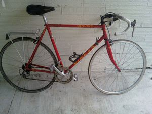 54cm Specialized Sirius road bike for Sale in Chicago, IL