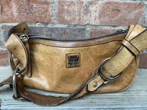 Dooney and Bourke Ostrich Tan Hobo Bag for Sale in Fort Worth, TX