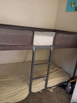 Metal Bunk Bed for Sale in Suisun City, CA