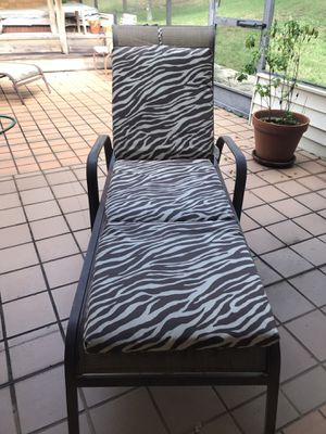 Patio/Pool Lounge Chair for Sale in Tampa, FL