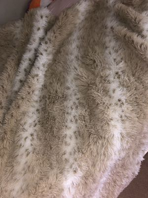 Fur blanket for Sale in Newport Beach, CA