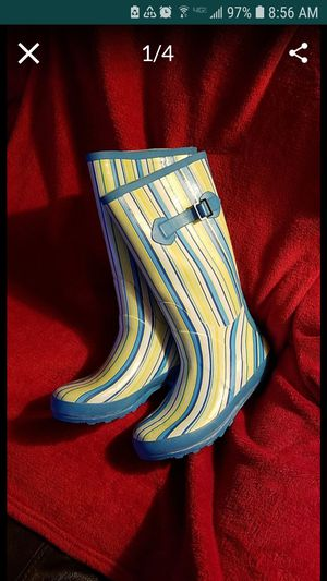RAIN BOOTS. WOMEN SIZE 8.5-9 for Sale in Upland, CA