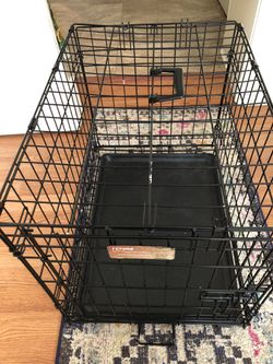 Dog Crate - Small to medium dog for Sale in LAUREL PARK,  WV