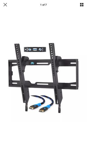 Mounting Dream TV Wall Mount Tilting Bracket for most 26-55 inch LED ,LCD and plasma. for Sale in Mount Juliet, TN