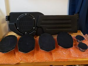 Dodge Factory Alpine Speakers for Sale in Tacoma, WA
