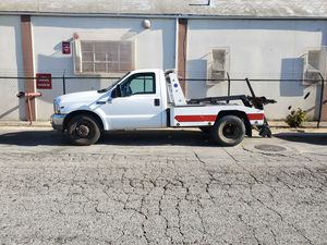 2002 ford f350 v10 gas tow truck for Sale in Compton, CA