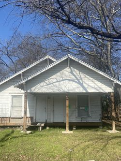 3 Beds 2 Baths - House for Sale in Waco,  TX