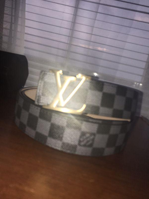Louis Vuitton belt (40-48)