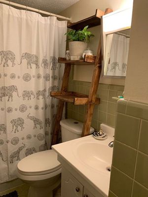 Made to order- Bathroom Leaning Ladder Shelf - Made to Order for Sale in Jacksonville, NC