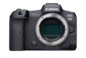 New Canon R5 mirrorless body for Sale in Brooklyn, NY