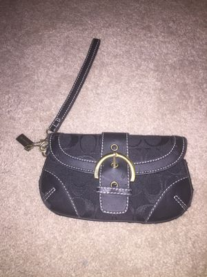 Authentic black coach wristlet for Sale in Columbus, OH