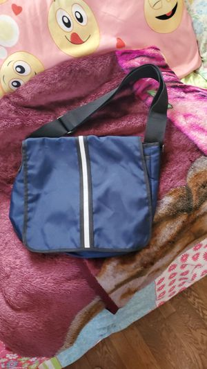 Gap bag for Sale in Parma, OH