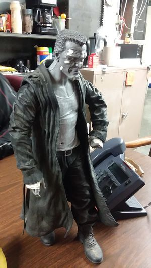 "NECA Reel Toys 18"" Talking Poseable Action Figure Sin City's Marv for Sale in New York, NY"