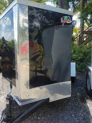 5x10 enclosed trailer NEW 2019 for Sale in Miami, FL