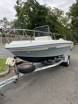 Center Console for Sale in Saint James, NY