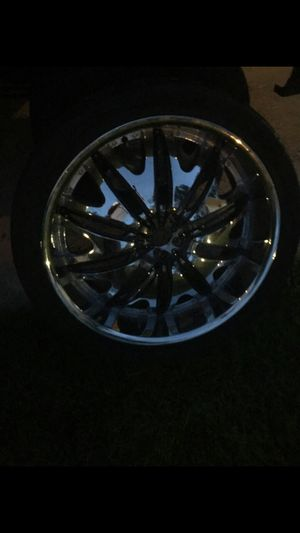 24 inch rims 1 rim is bent im so tired of them $250 today for Sale in Washington, DC