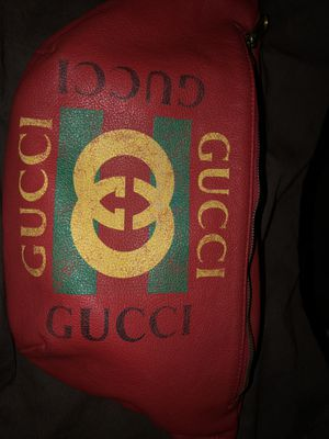 Gucci waist bag for Sale in San Francisco, CA