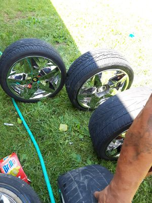 18s inch rims with 5 tires for Sale in Saginaw, MI