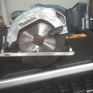 Makita 18 Volt Saw BSS611 for Sale in Lowell, IN