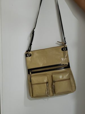 Leather cross bag for woman for Sale in Fort Lauderdale, FL