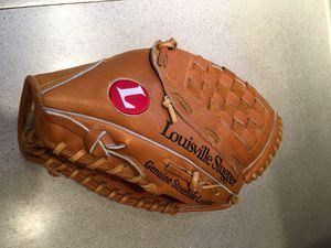 Louisville Slugger baseball/ softball glove/mitt for Sale in Portland, OR