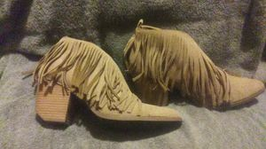 Beast Fashion light brown size8-9 for Sale in St. Louis, MO