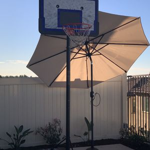 Basketball Hoop for Sale in Foothill Ranch, CA