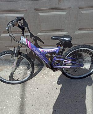 Dirty girl's/women's mountain bike for Sale in San Diego, CA