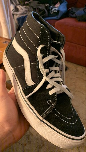 Vans white and black for Sale in Pen Argyl, PA
