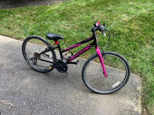Kids Specialized Hotrock bicycle mountain bike for Sale in Monrovia, MD