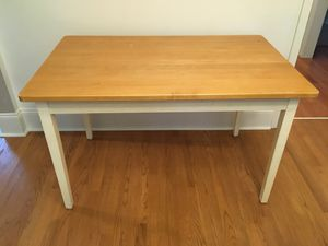 Sturdy table with wood top and white legs for Sale in Baton Rouge, LA