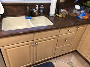 Used kitchen with appliances for Sale in Fort Lauderdale, FL