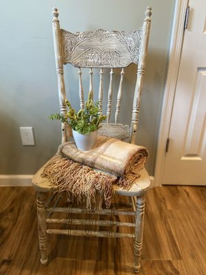 Shabby Chic/ Antique Look Wood Chair for Sale in Melbourne Village, FL