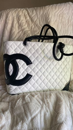 Chanel black and white tote bag for Sale in Catonsville, MD
