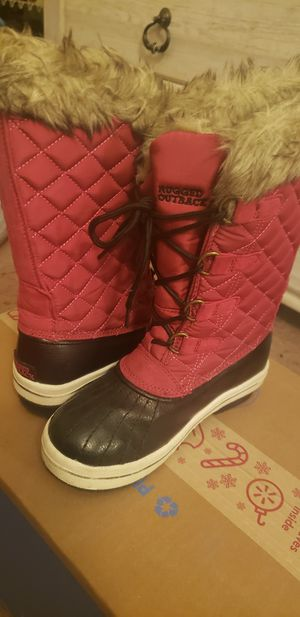 Rugged Outback girls snow boots youth size 3 for Sale in Hellertown, PA