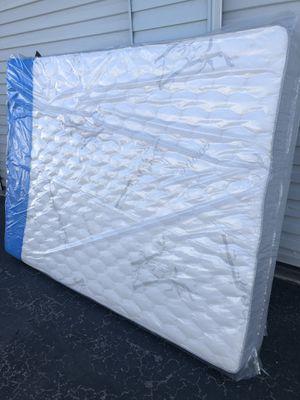 Queen size set memory foam for Sale in North Las Vegas, NV