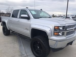 2015 Chevrolet Silverado 1500 LT 4X4 with 20 in Wheels and only 71,643 miles. for Sale in Fairfax, VA