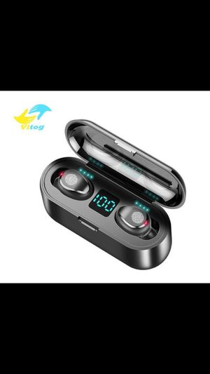 vitog true wireless bluetooth earbuds with charge case for Sale in Seattle, WA