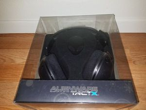 Alienware TactX headset (Gaming) for Sale in Riverside, CA