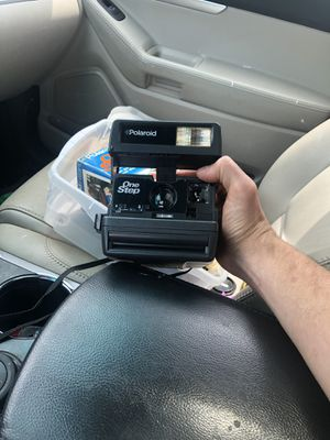Polaroid camera with original box for Sale in Medway, MA