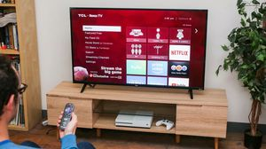 Tcl 50 inch smart 4k tv new in box for Sale in Pittsburgh, PA