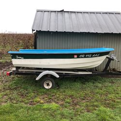 Ten Foot Livingston, With 15.5 Foot Trailer In Great Condition , $600 for Sale in Gervais,  OR
